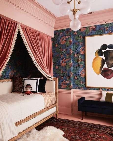41. Crie decorações incríveis para sua cama com dossel: Por: Hunkes