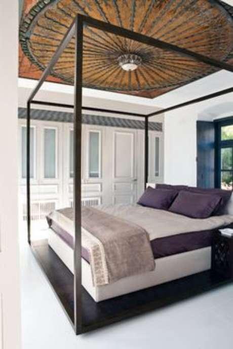 50. Que tal uma cama com dossel minimalista? – Por: Valentina
