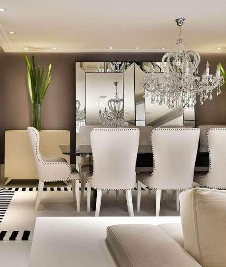 41. Decoração de sala de jantar elegante – Por: Tetrizarquitetura