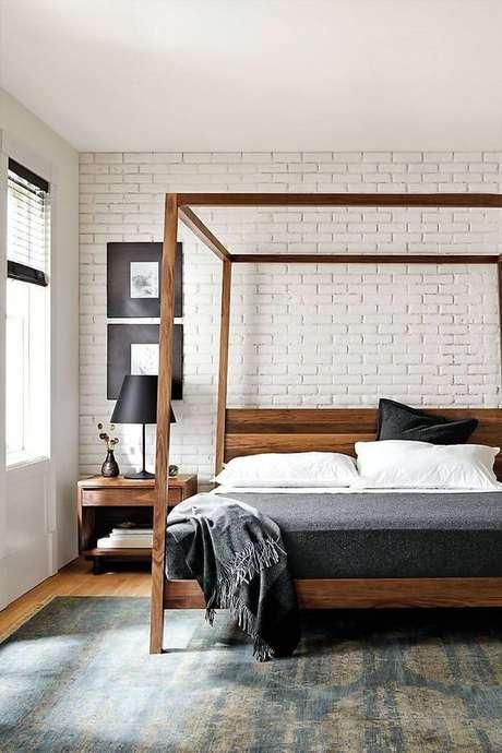 54. Estrutura de madeira para cama com dossel moderna – Por: Casa Tres Chic