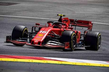 Leclerc afirmou que uma nova filosofia de set-up ajudou a Ferrari