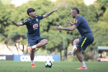 Paquetá e Everton durante treino na Cidade do Galo - FOTO: Lucas Figueiredo/CBF