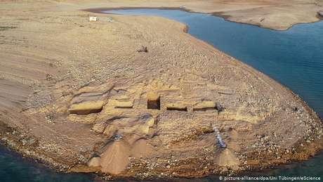 Recuo da água na represa de Mossul possibilita descoberta de palácio do Império Mitani na margem antiga do rio Tigre