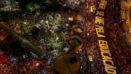 Protesto em SP em 30 de maio foi reação a contingenciamento de gastos na educação