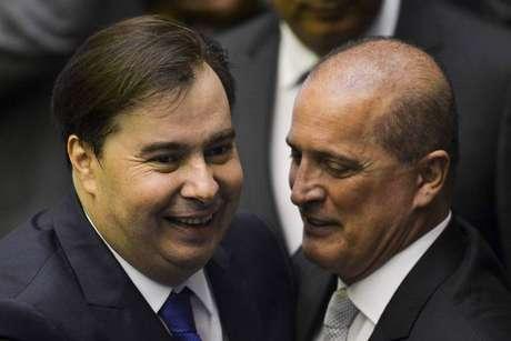 O presidente da Câmara, Rodigo Maia, e o ministro da Casa Civil, Onyx Lorenzoni, ambos do DEM
