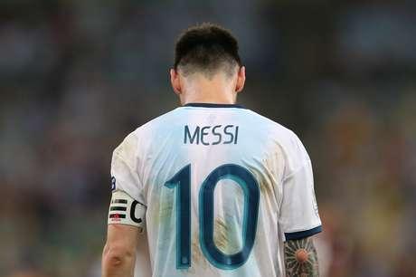 O astro Lionel Messi em campo pela Argentina