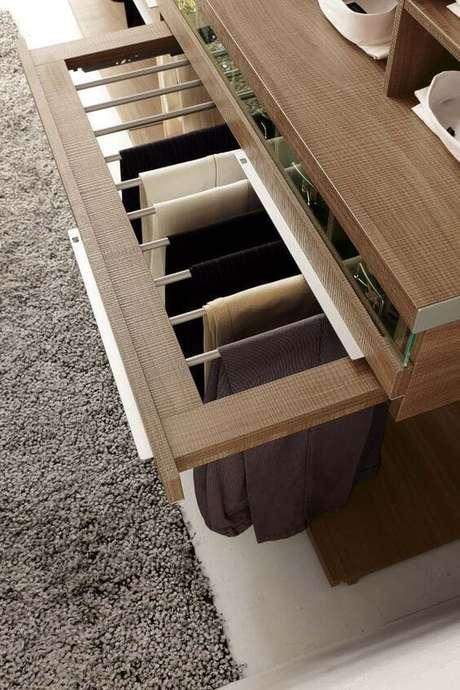 10. Escolha entre os modelos de guarda roupa mais adequados para seu quarto – Por: Ideias Decor