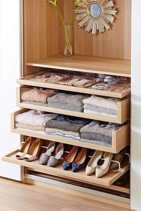 12. Opção do que colocar para compor seus modelos de guarda roupa – Por: Pinterest