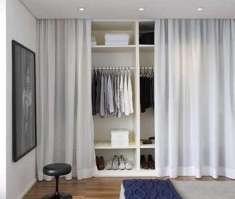 76. Modelos de guarda roupa com cortina – Por: Pinterest