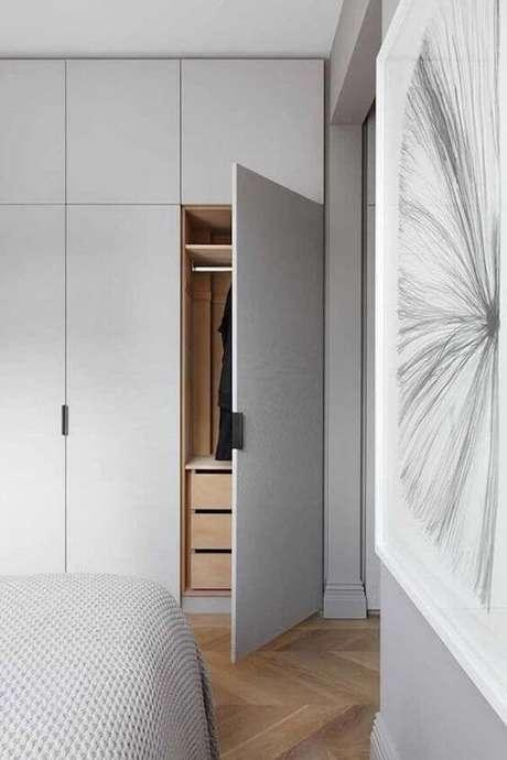 67. Modelos de guarda roupa embutido para quarto moderno