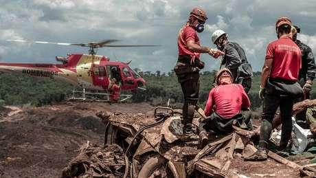 Buscas dos bombeiros já duram mais de 150 dias
