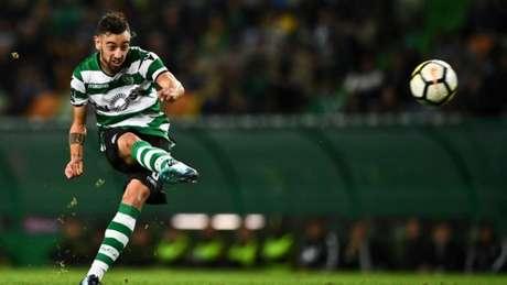 Bruno Fernandes é um dos destaques do Sporting (Foto: AFP)