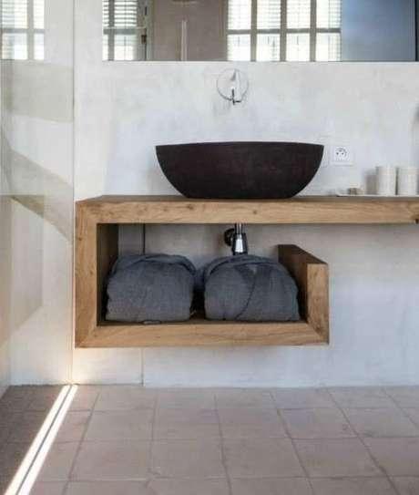 44. A bancada de madeira pode ser modular. Foto: Decor Fácil