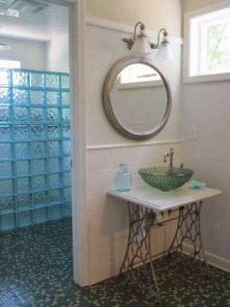 55. Cuba de vidro para lavabo – Por: Pinterest