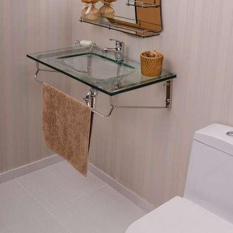 57. Cuba de vidro para banheiro pequeno – Por: Pinterest
