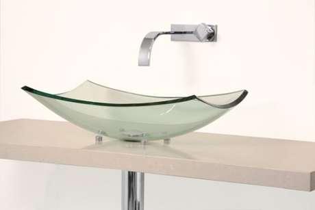 3. Cuba de vidro de sobrepor moderna – Por: Vidraçaria Ideal