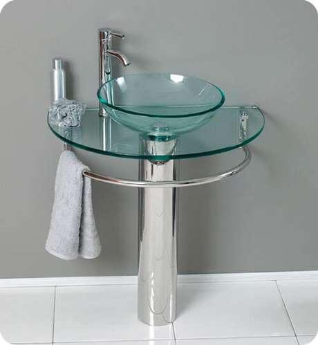 2. Cuba de vidro redonda para banheiro pequeno – Por: Temperclub