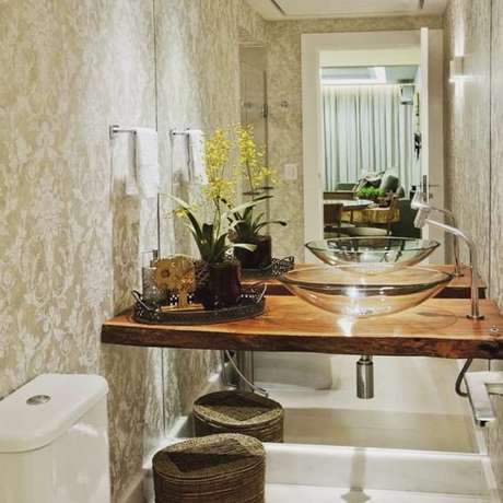 60. Cuba de Vidro para lavabo decorado – Por: Pinterest
