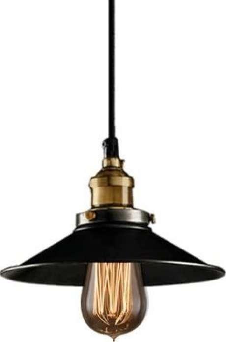 43. Alguns modelos de lustres ficam muito bonitos com lâmpadas amarelas. Foto: Mercado Livre