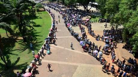 Mutirão do Emprego no centro de São Paulo, em 2019: estimativa é que mais de 15 mil pessoas aguardaram em fila