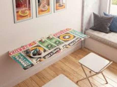 5. Mesa Dobrável de parede para tomar café da manhã – Por: maalu-decor