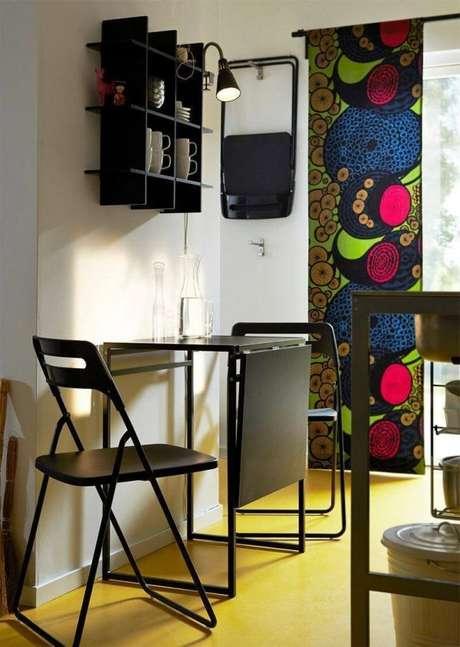 6. Mesa de parede dobrável para cozinha na cor preta