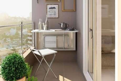 20. Mesa dobrável de parede para varanda