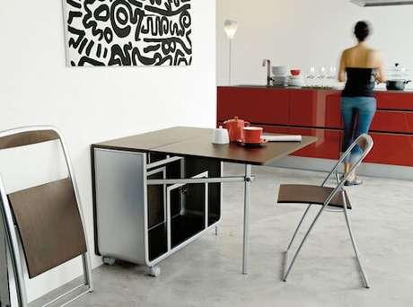 60. Mesa dobrável de parede para cozinha