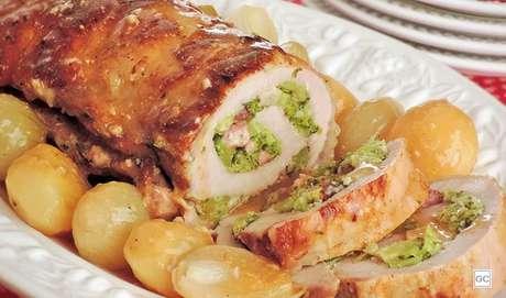14. Lombo recheado com brócolis e bacon