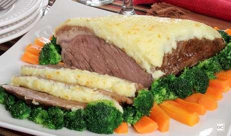 20. Picanha com crosta de queijo