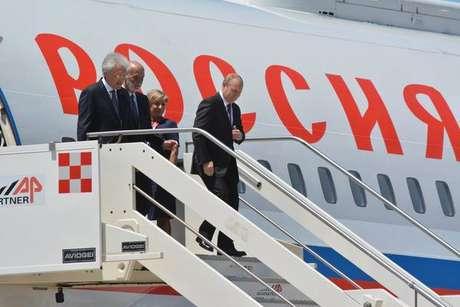 Putin desembarca em Roma para visita oficial