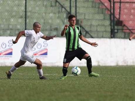 Peixe e Coelho ficaram em um empate por 2 a 2 em duelo pelo Brasileiro sub-20- (Divulgação/Santos)