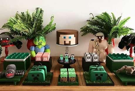 32. Decoração de festa minecraft simples. Por: – FestaLab
