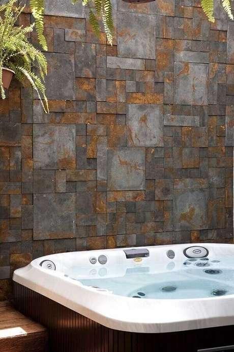 36. Invista no revestimento pedra ferro em vários ambientes da sua casa- Foto: O Azulejista