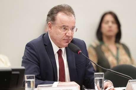 O relator Samuel Moreira (PSDB-SP) na reunião da comissão especial da reforma da Previdência, na Câmara dos Deputados, em Brasília