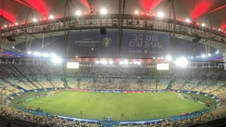 Maracanã, na partida entre Paraguai e Qatar, a primeira no estádio do Rio (Foto: Matheus Dantas/LANCE!)