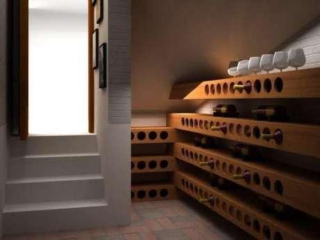 28. Adega de madeira para vinhos na horizontal – Por: EdLucas