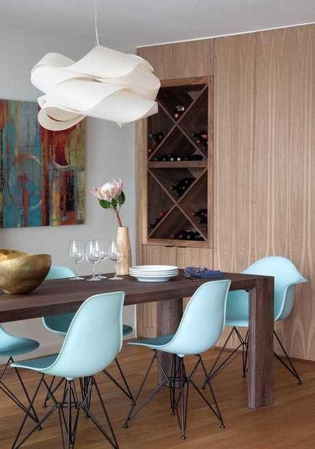51. Adega de madeira para sala de jantar – Por: Viva Decora