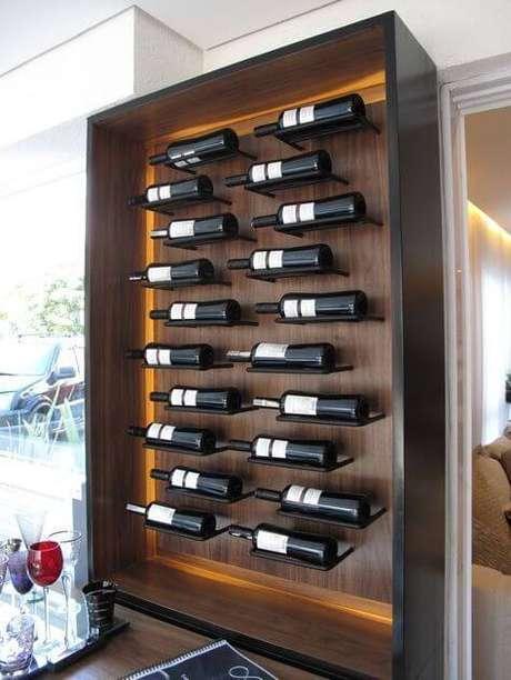 53. Adega de vinho de madeira para casas pequenas – Por: Revista Viva Decora