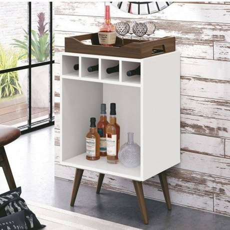 58. Adega de madeira estilo retrô para vinhos e wisky – Por: Pinterest