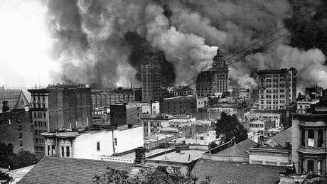 Um terremoto de magnitude 7,8 grados destruiu São Francisco em 1906