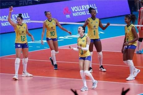 Brasil passa fácil pela Turquia e avança à final da Liga das Nações.