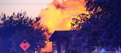Terremoto causa incêndio na cidade de Ridgecrest, no sul da Califórnia