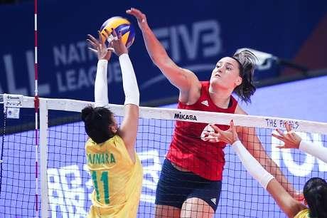 EUA vencem Brasil e levam Liga das Nações feminina em 2019