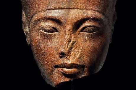 Artefato com o rosto de Tutancâmon tem 3.000 anos de idade e foi leiloado pelo equivalente a R$ 22,2 mi