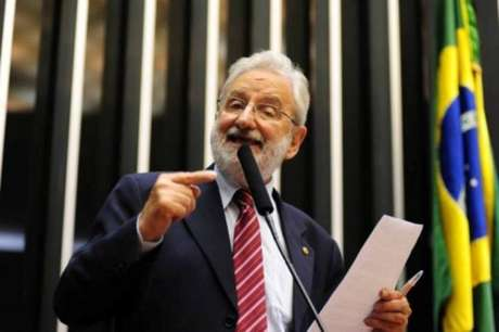 O deputado Ivan Valente (PSOL-SP)