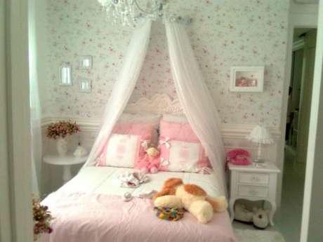 26. Cama infantil decorada com cortina de voil – Por: Aqueteta1