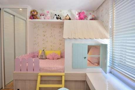 8. Cama infantil de casinha para quarto de menina – Por: BG Arquitetura