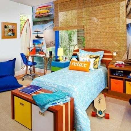 44. Cama infantil para quarto de menino colorido e personalizado – Por: Viva Decora