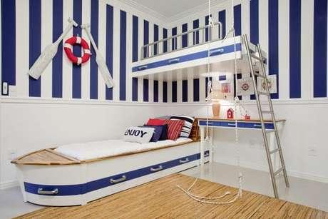 45. Cama infantil com beliche estilo barco para quarto marinheiro – Por: Karla Silva